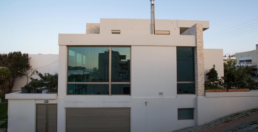 HOUSE IN STALOS 4