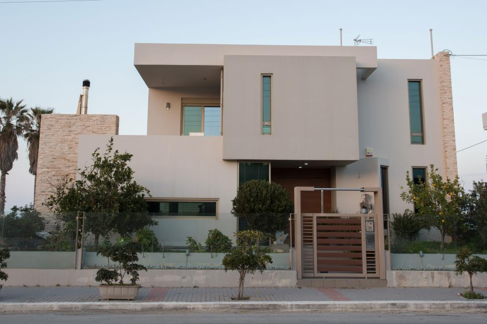 HOUSE IN STALOS – CHANIA
